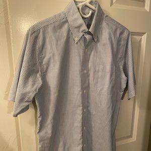 Men's Brooks Brothers short sleeve shirt